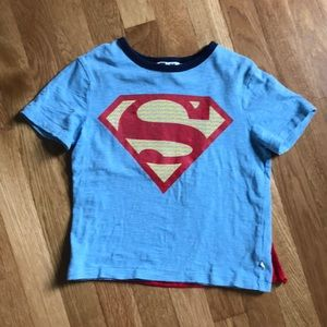 GAP Superman shirt w/ cape - 5T